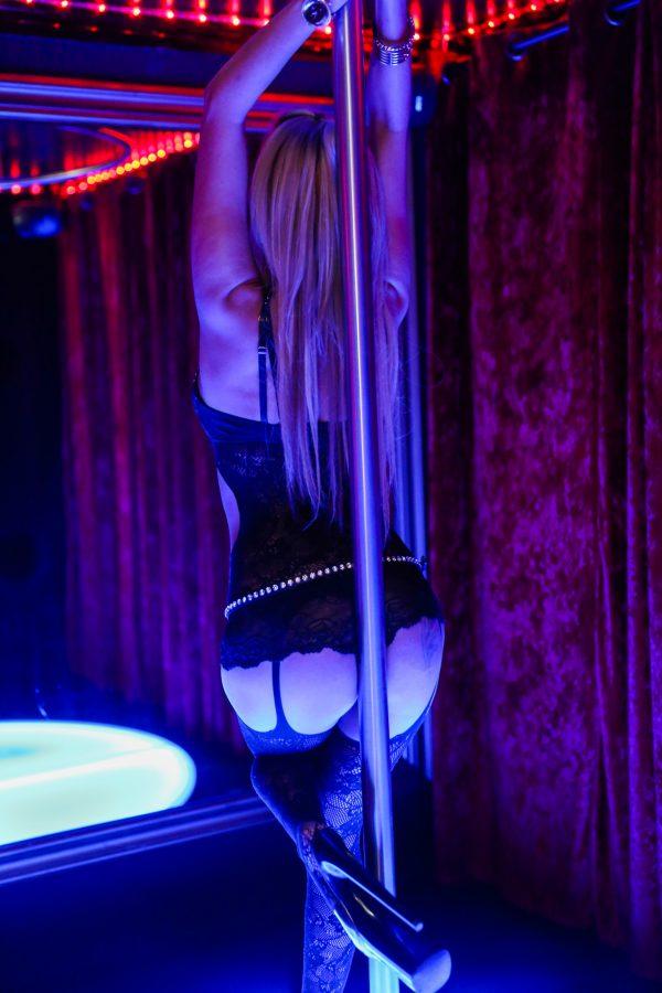 013_secretsclub